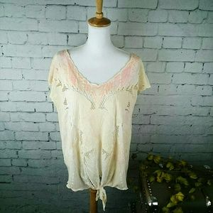 NWT Free People high-low top w/ shell embroidery